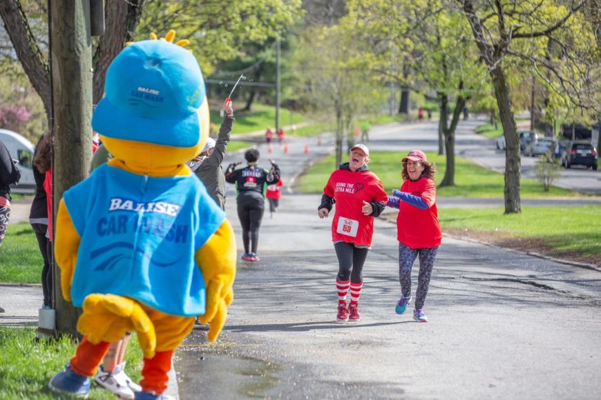 Squeaky Attends Red Shoe Run at Ronald McDonald House